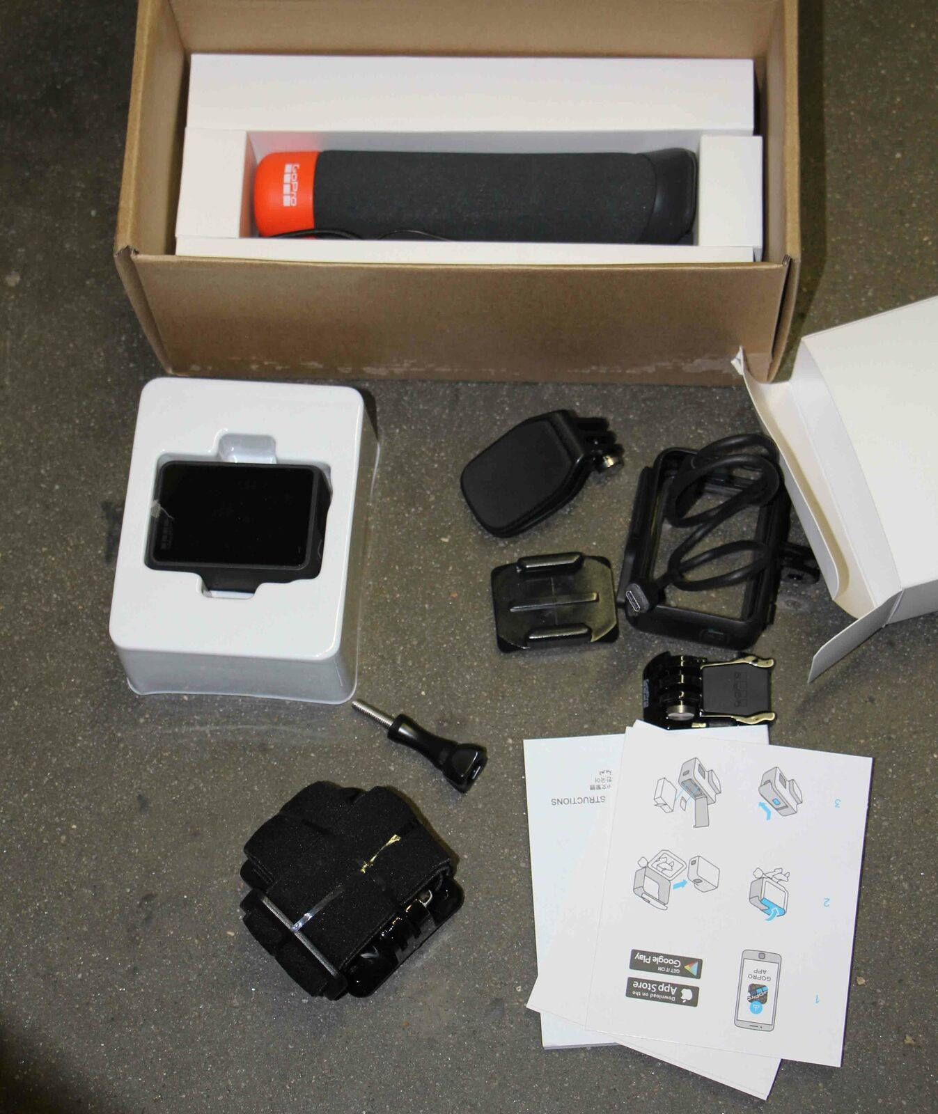 NEW GoPro HERO7 Black 4K Waterproof Action Camera with Accessories Bundle accessories action black bundle camera gopro hero7 new waterproof with
