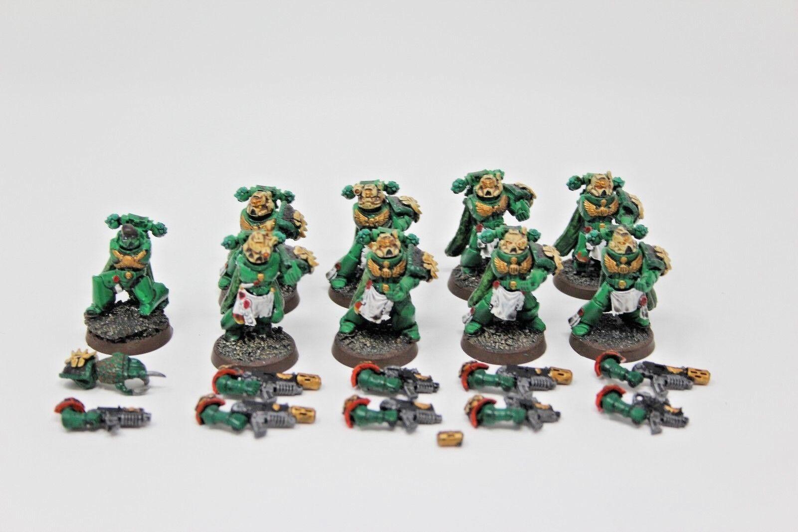 Warhammer Space Marines Salamander Tatical Marines well painted