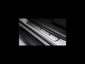 Genuine Nissan Kick Plates Illuminated T99g6 5zw30 Ebay