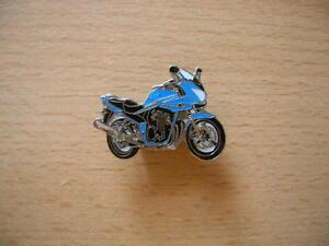 PIN-039-S-BROCHE-SUZUKI-BANDIT-650-S-650S-BLEU-BLUE-Modele-2006-art-1018-SPILLA