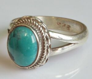 Sterling-Silber-ethno-asiatische-Vintage-Style-tuerkis-Stein-Ring-Groesse-M-1-2-Geschenk