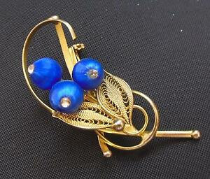 Pretty-Vintage-Gold-Tone-Filigree-Brooch-Pin-with-Blue-Silk-Beads-2-1-2-034