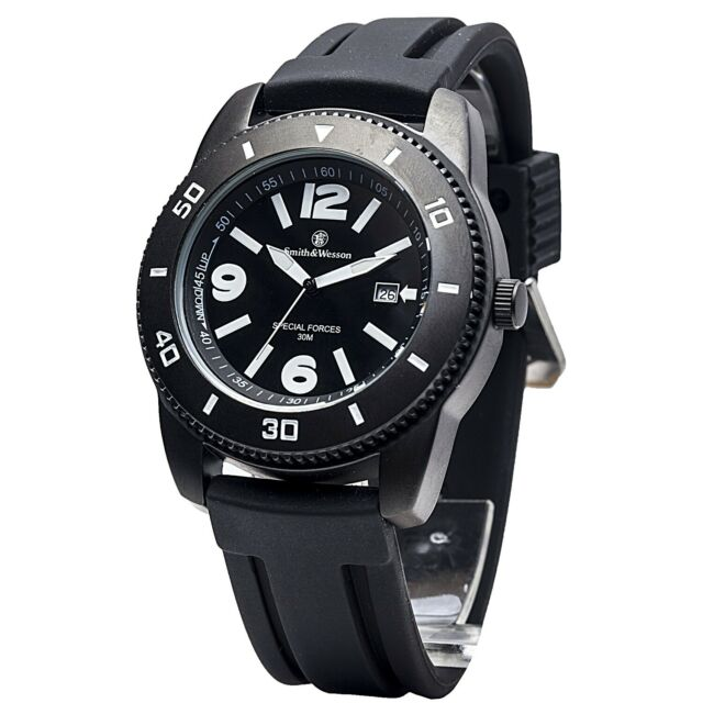 Smith & Wesson Smith & Wesson Paratrooper Watch with Black Rubber Strap SWW-5983