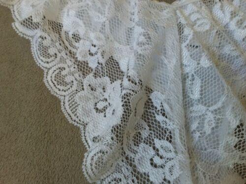 String en dentelle femme noir ou blanc 36//38 ou 40//42 Lingerie neuve