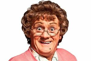 Mrs-Brown-TV-Character-Curly-Novelty-Fancy-Dress-Wig-amp-Glasses