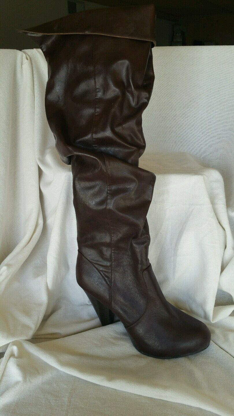 Unlisted NEW 6.5 M Good Tuck Braun Stiefel Knee high round slip on slouch heel round high toe aaf352