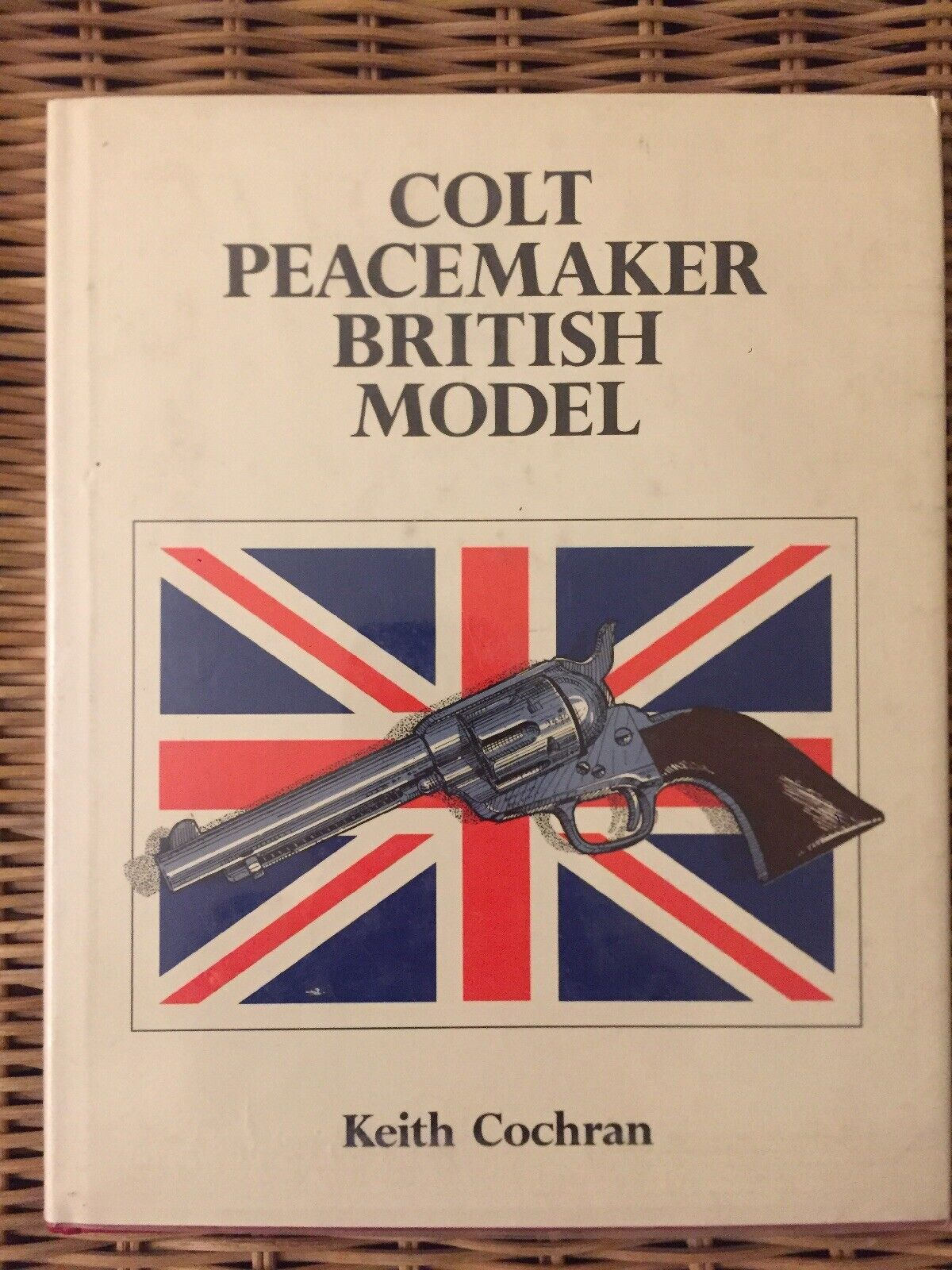 Colt Peacmaker British Modelo Keith Cochran Firmado por autor By 1st Editon