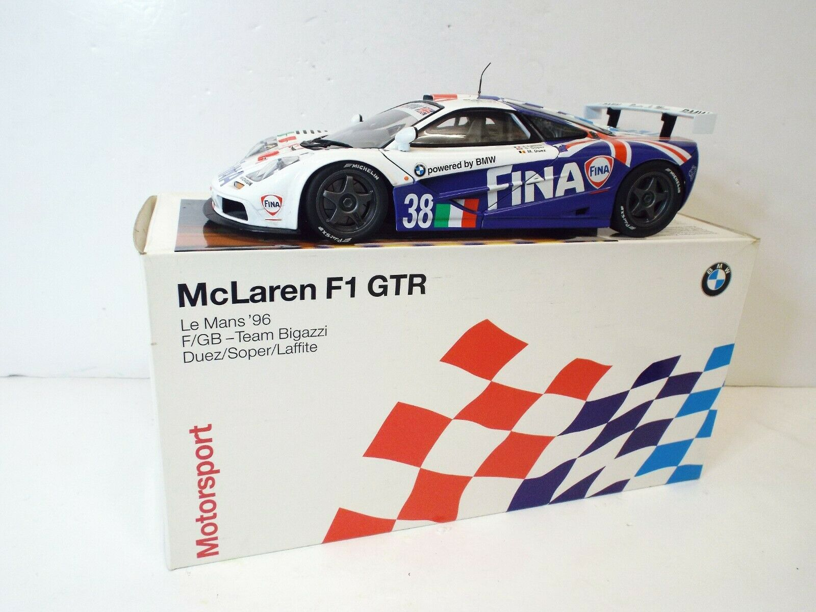 1 18 UT MODEL PROMO McLaren F1 GTR Le Mans 96 Team Fina Bigazzi En parfait état, dans sa boîte (1 18 128)