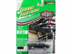 PONTIAC Firebird Trans AM - 1973 - darkgreen - Johnny Lightning 1:64
