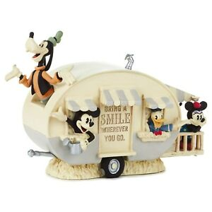 Disney Mickey Mouse and Friends SPECIAL EDITION Figurine - NEW IN BOX!!