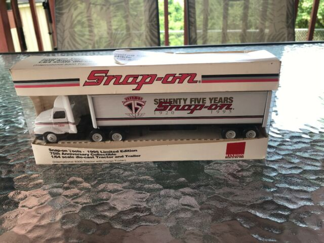 Snap-On Tools 1995 Limited Edition 75th Anniversary 1:64 Scale Die Cast  Tractor