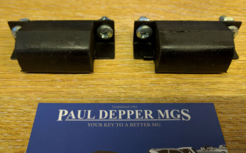 Pair MG MGB Bonnet Buffers with Fitting Kit AHH6523K