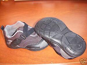 NWOB-Children-039-s-Place-TCP-Z-Wrap-Blk-Gym-Shoes-Size-6