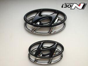 Hyundai-i30N-Hatchback-Set-Cover-Emblem-hochglanz-schwarz-blacked-out-Badge