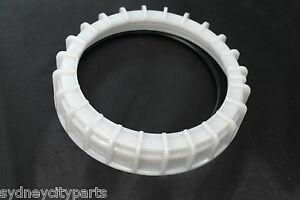 TOYOTA-FUEL-SUCTION-TUBE-GASKET-WITH-RETAINER-CAP-NEW-GENUINE-7716952040