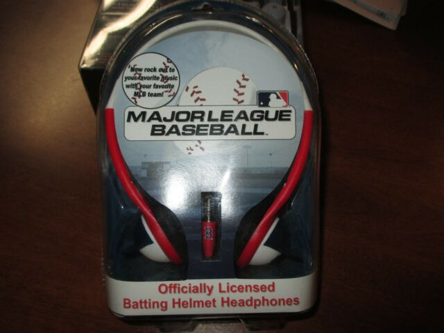 MLB New York Yankees Batting Helmet Over The Head Headphones