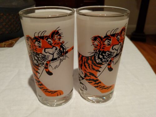 1960/'s ESSO EXXON Tiger Pair of Drinking Glasses Tumblers Promo Item