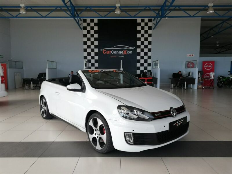 2015 Volkswagen Golf VI Cabriolet 2.0 TSI GTI DSG, White with 75000km available now!