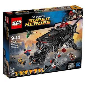 Lego Dc Comics ™ Super Heroes Volant Fox: De La Air attaqué par Batmobil