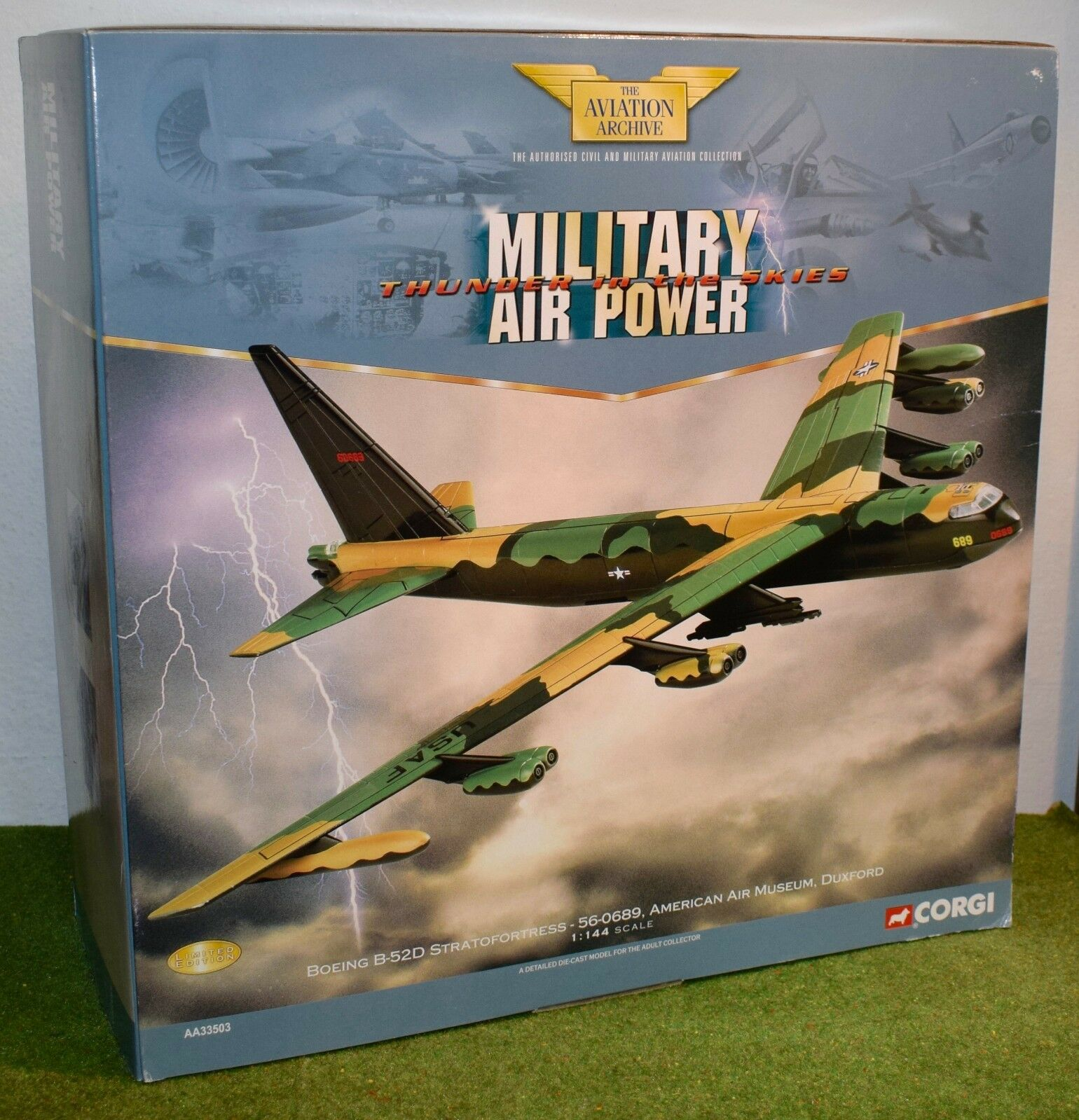 CORGI AVIATION 1 144 SCALE MILITARY AA33503 BOEING B-52D STRATOFORTRESS 56-0689