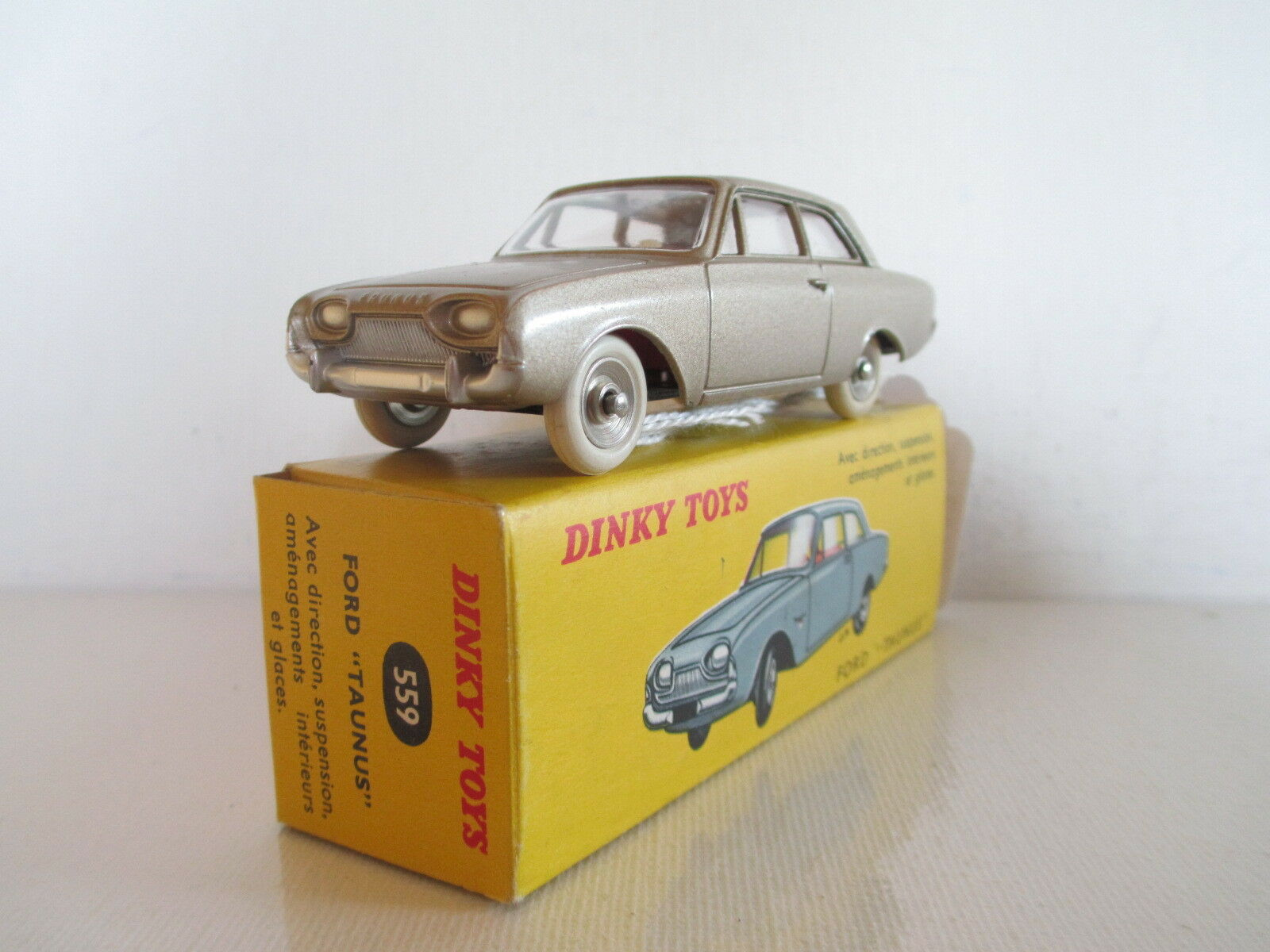 FRENCH DINKY TOYS 559 FORD TAUNUS 17M MIB 9 EN BOITE VERY NICE L@@K