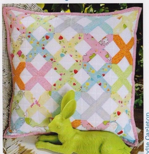 Creative Cards mini PATTERN by Ric Rac PATTERN Bunny Kisses cushion