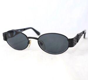 GIANNI-VERSACE-S50-sunglasses-vintage-gray-black-oval-medusa-head-leopard
