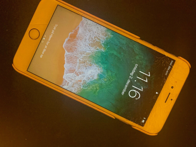 iPhone 6S Plus, 64 GB, guld, 2 år gammel iPhone 6 plus -…