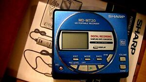 VINTAGE-SHARP-MINIDISC-WALKMAN-PLAYER-RECORDER-MD-MT20-COLOR-BLUE-METALLIC