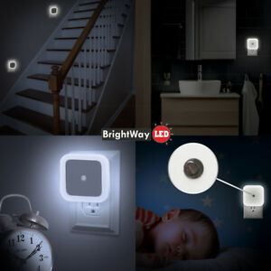 LED-Night-Light-Plug-in-Auto-Sensor-Control-pack-of-2-for-bedroom-hallway-white
