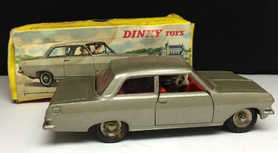 Dinky Toys Opel Rekord Meccano France
