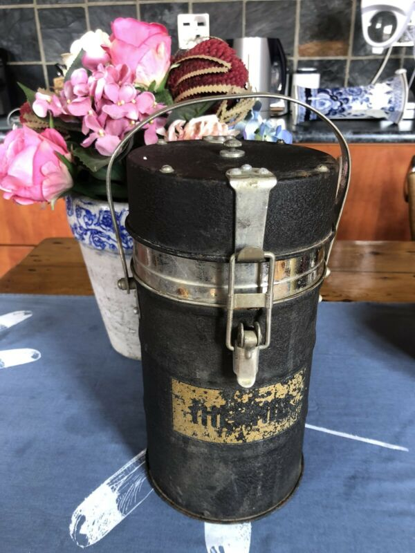 Vintage Genuine Thermos Flask Food Jar with Big Opening ( NOT THE COFFEE ONE ) - Excellent