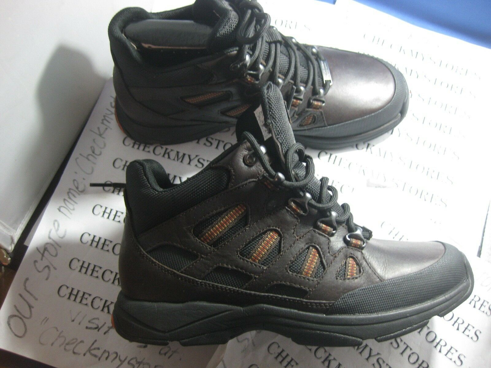 NEW   Rockport   KELLIX V75442 PREMIUM LEATHER WATERPROOF HIKING CASUAL BOOT