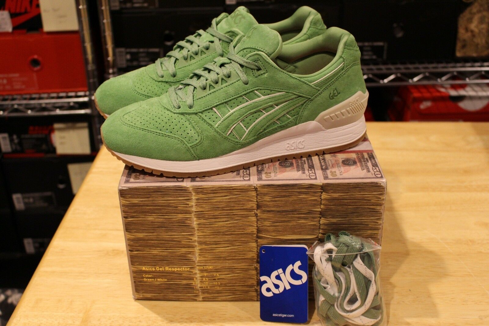 ASICS Gel Respector Concepts Coca Money Box Size 9 Green White Gum Lyte III 3