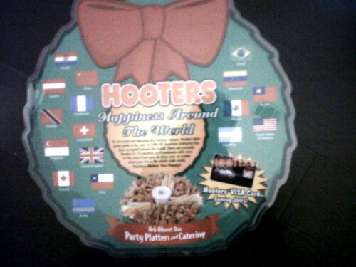 Vintage Hooters Restaurant      Christmas 1990's   Rare promotional  MENU