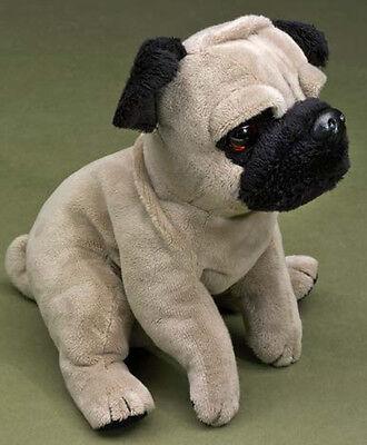 Förster Hund Mops sitzend (4250) NEU Hund Stofftier Plüschtier Plüschhund
