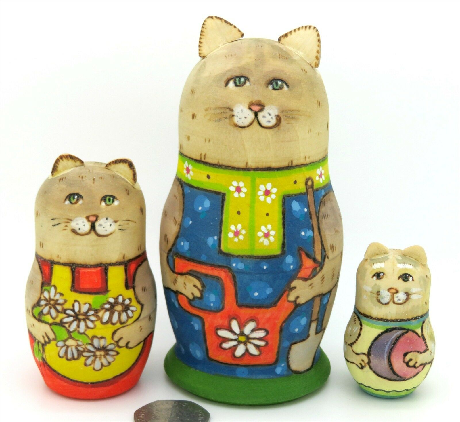 Russische Matrjoschkapuppen Matryoshka Babuschka 3 Katze Familie Kätzchen