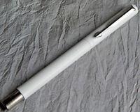 Vintage Parker Pen Vector Fountain Pen White Fine Usa 036-q