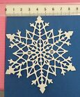 4 x Unbranded Large White 'Snowflake' Die Cuts 216gsm Cardstock Christmas
