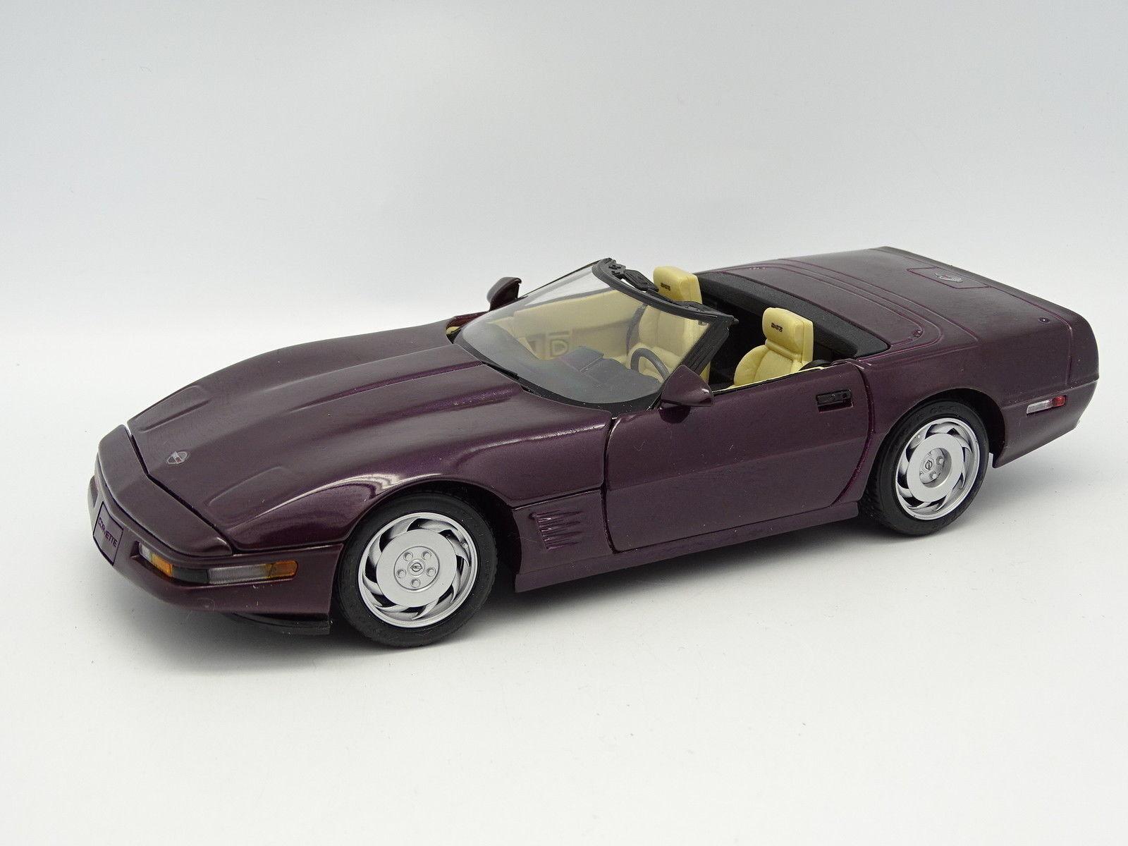 Maisto SB 1 18 - Chevrolet Corvette Cabrio purple