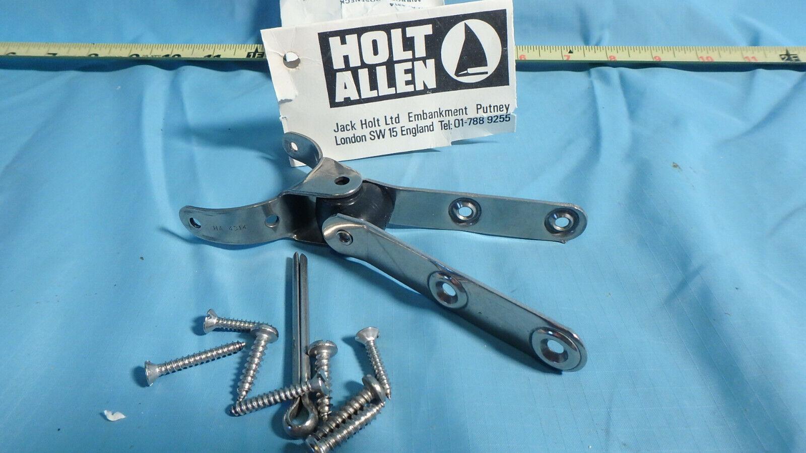 PAIR Holt Allen HA559 Nylon Spring Hooks