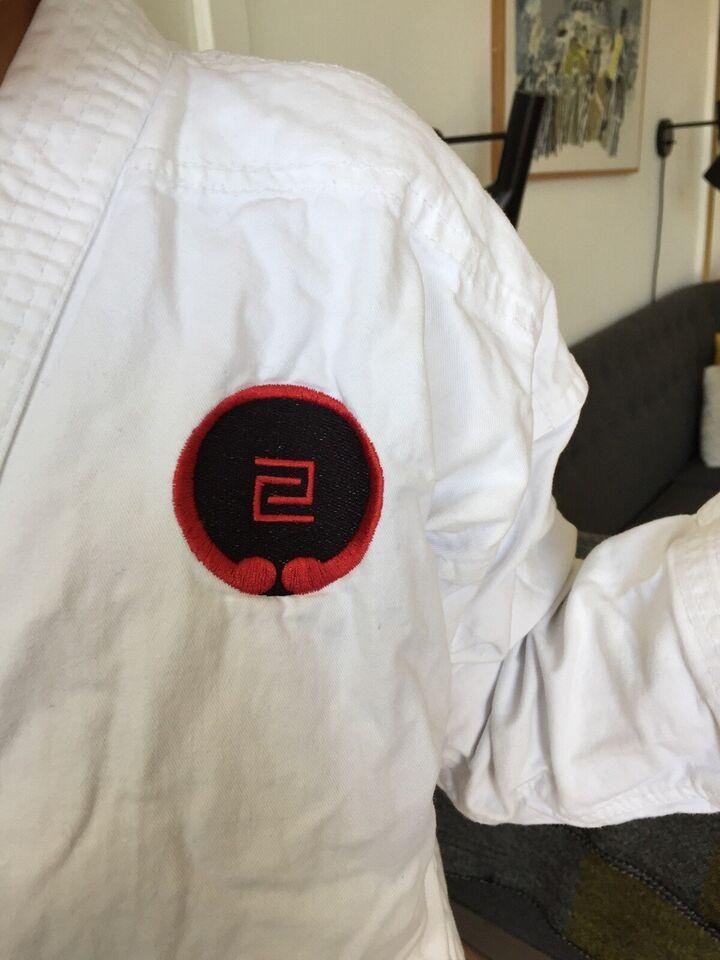 Karatedragt, Dragt 150, Kaiten