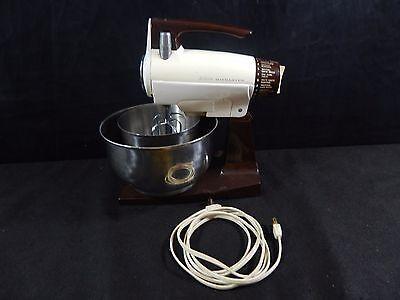 Sunbeam Mix master 12 Speed Mixer 2 METAL Bowls, 2 Beaters WORKING VINTAGE