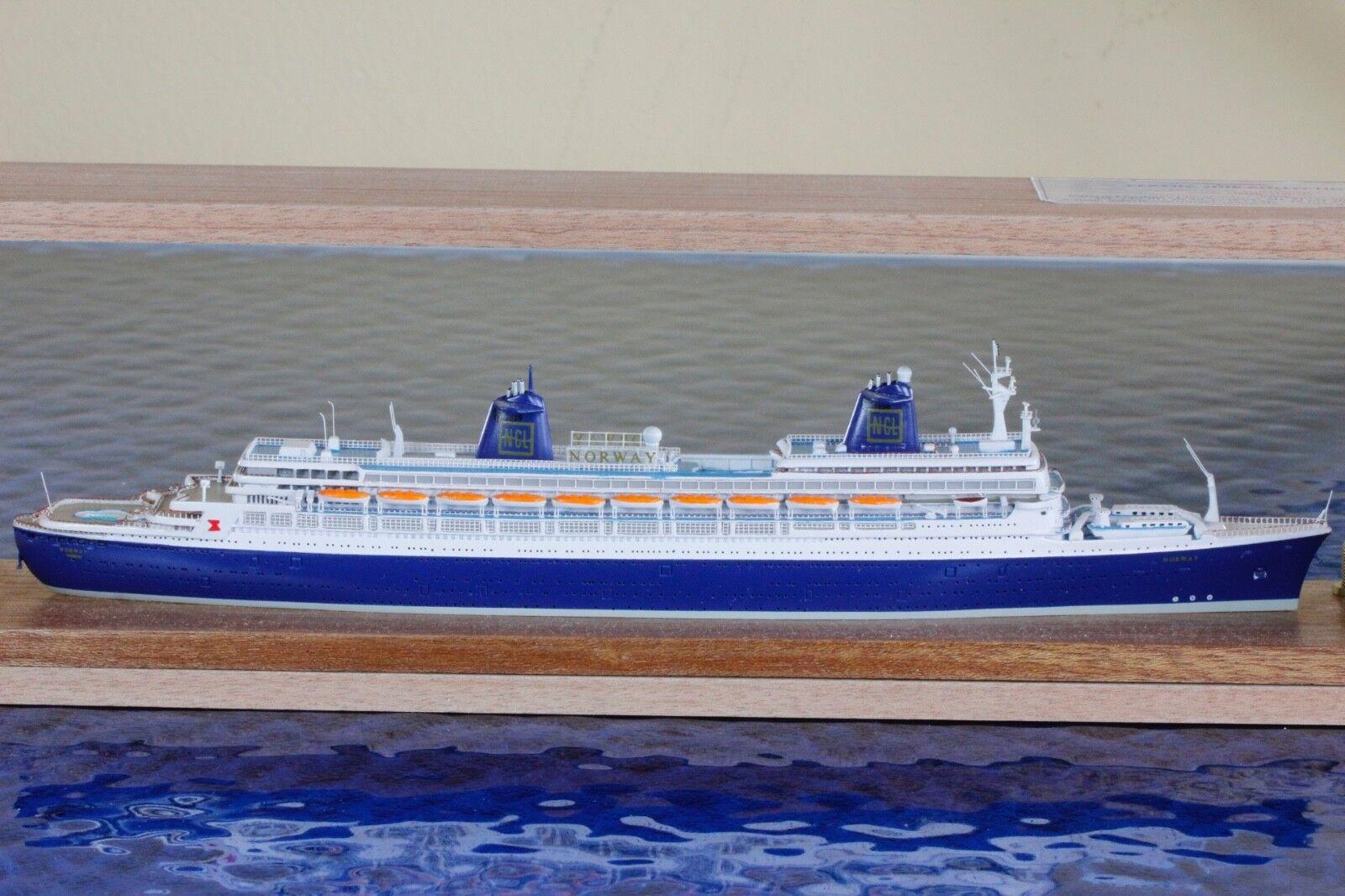 Norway avec emballage d'origine Fabricant CSC 23,1 1250 vaisseau Modèle