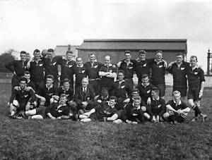 OLD-LARGE-PHOTO-RUGBY-UNION-TEAM-the-1924-New-Zealand-All-Blacks-team
