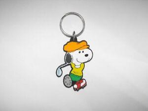 Snoopy-Golf-Peanuts-Flat-Plastic-Key-Chain-Golfing-Keychain-Golfer