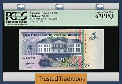 Crisp Uncirculated. Suriname P-136b 10 2.1998 5 Gulden