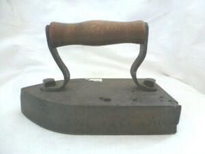 Bügeleisen Gusseisen antik Holzgriff Ofen Haushalt Dekoration
