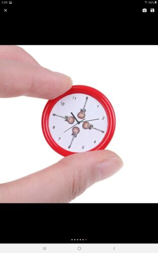 Miniature dolls house accessories 1:12th miniature scale Assorted Wall Clocks