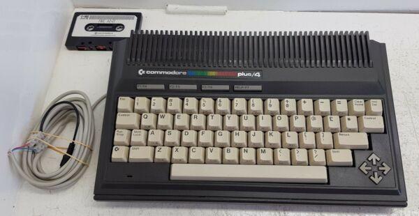 Commdore Plus/4 Homecomputer. Rare Vintage Machine,game Tape. Worldwide Shipping Lage Prijs
